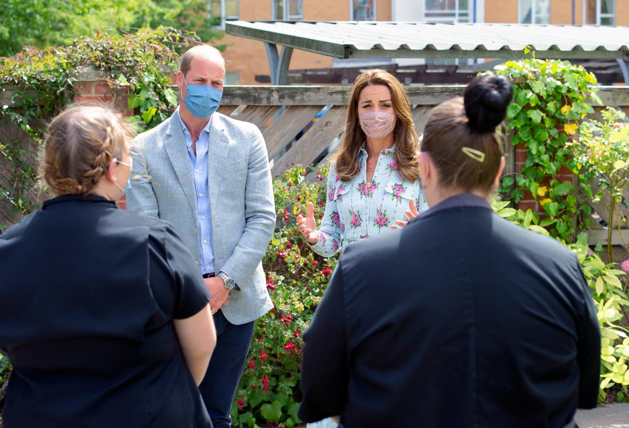 Britain's Prince William, Duke of Cambridge and Britain's Catherine, Duchess of Cambridge meet staff at the Shire Hall Care Home in Cardiff on August 5, 2020. (Photo by Jonathan Buckmaster / POOL / AFP) (Photo by JONATHAN BUCKMASTER/POOL/AFP via Getty Images)