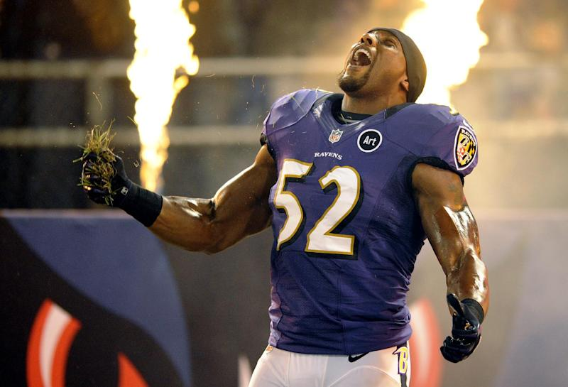 Baltimore Ravens linebacker Ray Lewis reacts as he is introduced before an NFL football game against the New England Patriots in Baltimore, Sunday, Sept. 23, 2012. (AP Photo/Nick Wass)