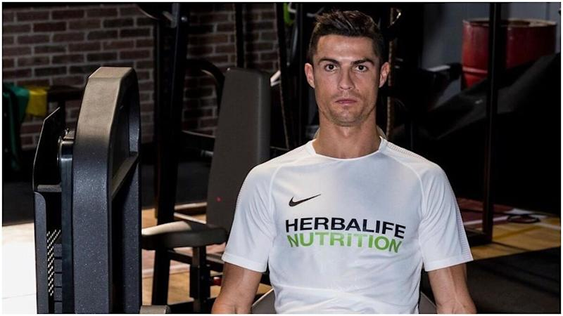 Cristiano Ronaldo New Look Juventus Star Shares Workout Video From Self Isolation Sports New Hairdo And Also Posts Inspirational Message