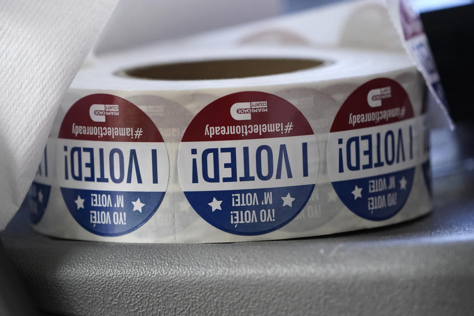 """""""I Voted!"""" stickers"""