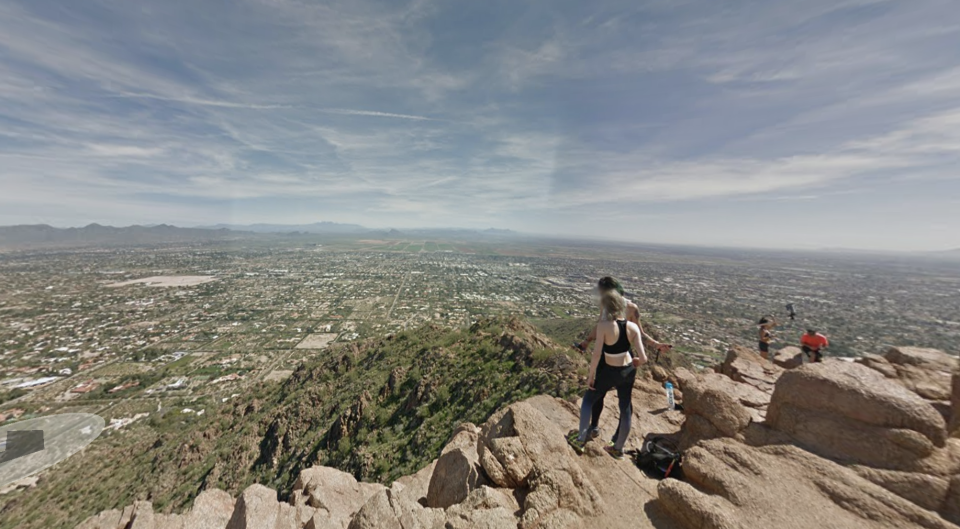 Angela Tramonte and the off-duty police officer she was with headed up Camelback Mountain, but ended up separating. Source: Google Maps