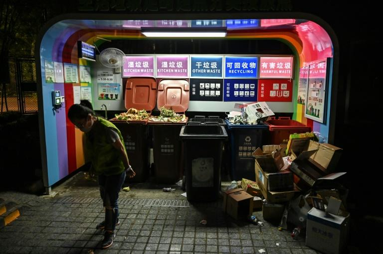 Authorities say strict sorting is crucial, making it far easier to process waste (AFP Photo/HECTOR RETAMAL)