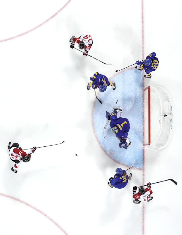 <p>Sara Grahn #1 of Sweden tends goal against Team Japan during the Women's Ice Hockey Preliminary Round – Group B game on day one of the PyeongChang 2018 Winter Olympic Games at Kwandong Hockey Centre on February 10, 2018 in Gangneung, South Korea. (Photo by Bruce Bennett/Getty Images) </p>