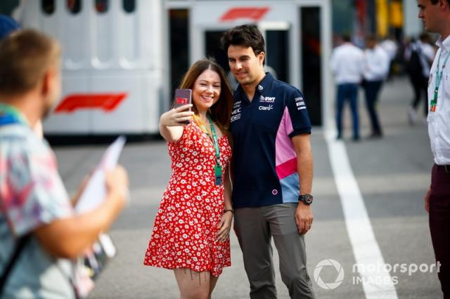 """Sergio Perez, Racing Point, <span class=""""copyright"""">Andrew Hone / LAT Images</span>"""