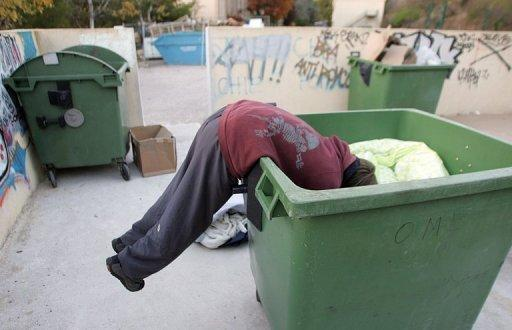 Spanish city to lock garbage bins to stop scavengers