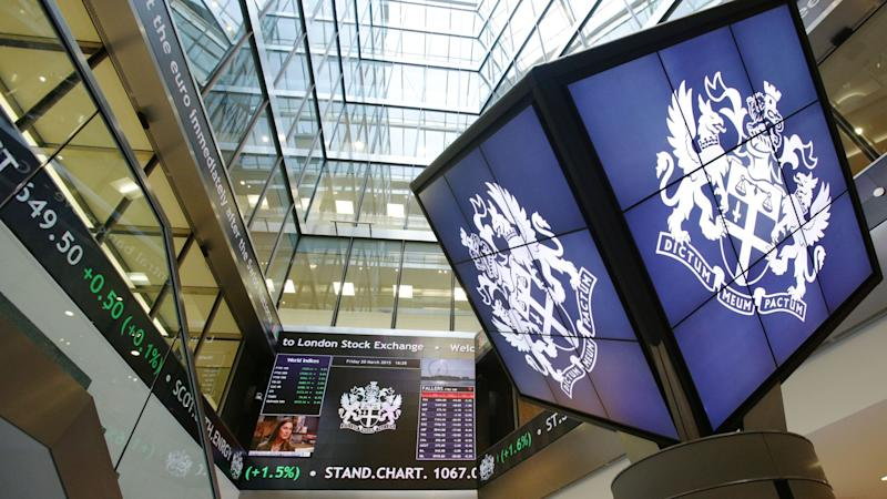 London stocks recover despite delay to market open