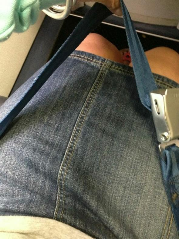 Woman sheds half her body weight after failing to fit in plane seat