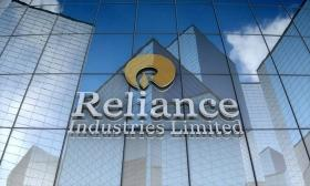 SC rejects Centre's plea challenging refund of Rs 104 crore ordered by TDSAT to Reliance Communication