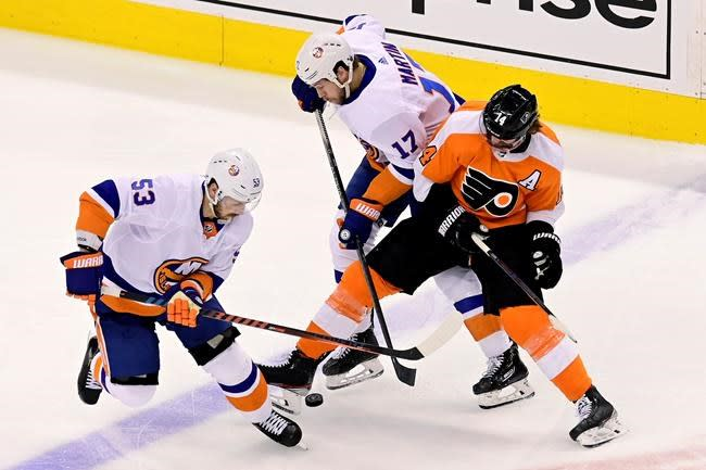 Islanders, Golden Knights to try again to close out series