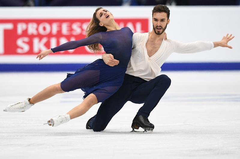 France's Gabriella Papadakis and Guillaume Cizeron are among favourites for the ice dance figure skating competition which opens Monday at the Pyeongchang Winter Olympics, (AFP Photo/Yuri KADOBNOV)