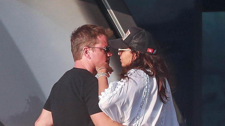 The romance is still very much alive between Matt Damon and his wife, Luciana Barroso.