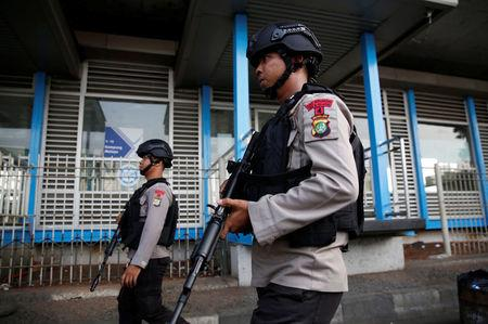 Arrests as IS claims Jakarta attacks
