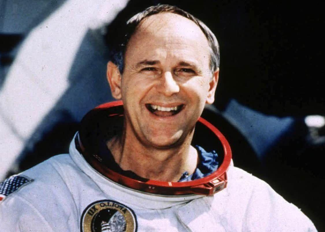 Astronaut Alan Bean, a member of the Apollo 12 mission and the fourth human to walk on the moon, died on May 26, 2018 at the age of 86.