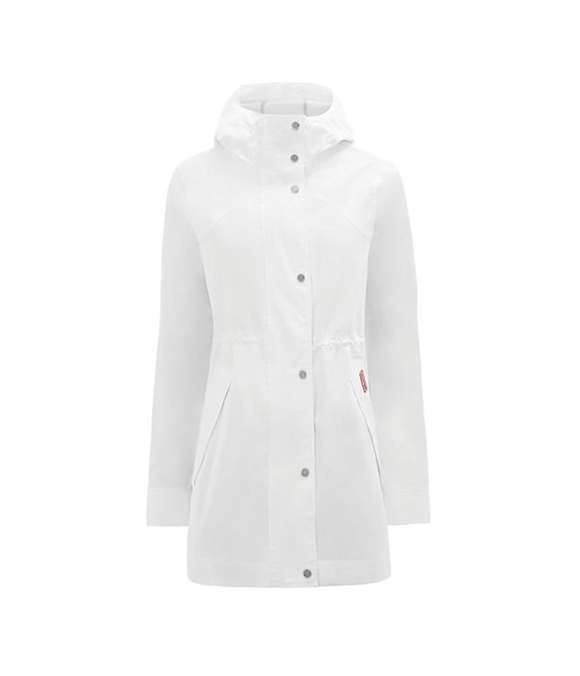 "<p>This is a new style from Hunter that is completely waterproof. It has a mesh lining and fully sealed seams to keep you dry in the heaviest rain. <br />Shop it: Women's Original Cotton Smock, $158 (was $225), <a rel=""nofollow"" href=""https://fave.co/2zknnw4"">hunterboots.com </a> </p>"