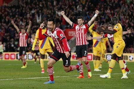 Britain Soccer Football - Southampton v Crystal Palace - Premier League - St Mary's Stadium - 5/4/17 Southampton's Maya Yoshida celebrates scoring their second goal Action Images via Reuters / Matthew Childs Livepic