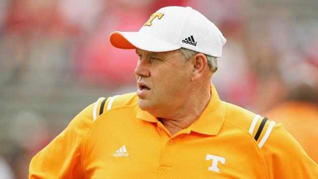 <p>Tennessee hires Phillip Fulmer as athletic director</p>
