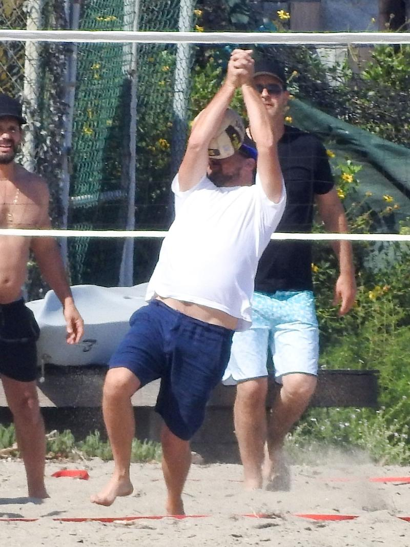 Leonardo DiCaprio Kicks Off Summer With a Volleyball to the Face