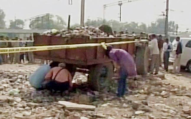 Two blasts near Agra Cantonment Railway Station create panic in the city