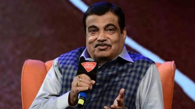 Farmers have raised objection to Nitin Gadkari's promise to push the Chennai-Salem expressway project. The High Court had earlier put a stay on the project.