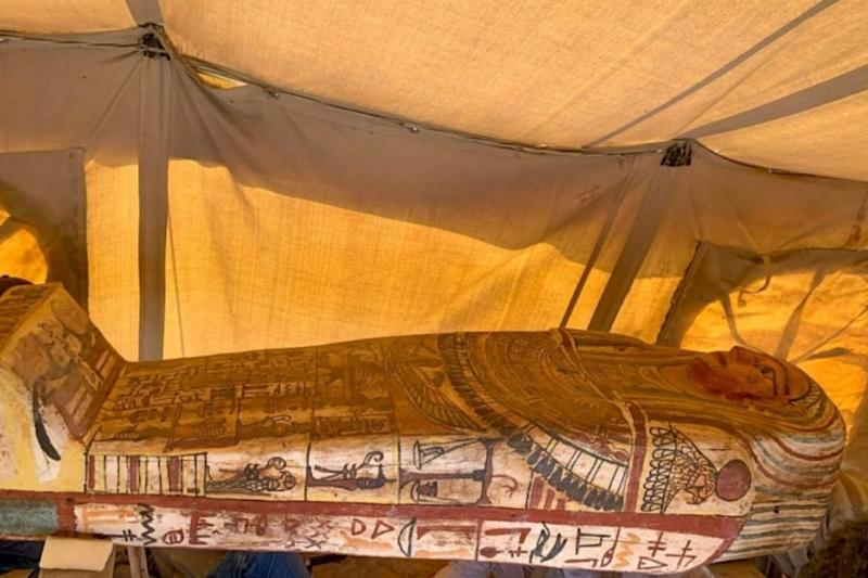 Sarcophagi Buried for 2500 Years Unearthed by Archaeologists in Egypt's Saqqara Necropolis