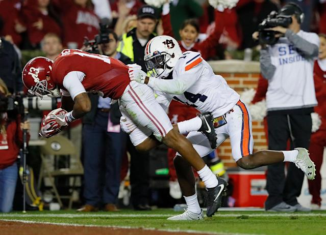 The two rivals play each other for the SEC West title on Nov. 24. (Getty)
