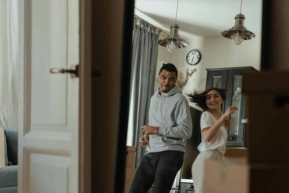 <p>Put on your dancing shoes and take a virtual salsa, tango, or ballroom dancing class where you and your sweetie can learn some new dance moves or brush up on techniques. </p>