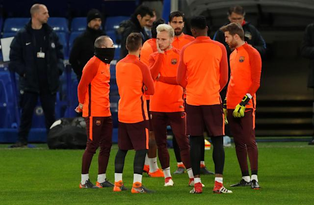Soccer Football - Champions League - FC Barcelona Training - Stamford Bridge, London, Britain - February 19, 2018 Barcelona's Ivan Rakitic, Andres Iniesta and team mates during training Action Images via Reuters/Matthew Childs