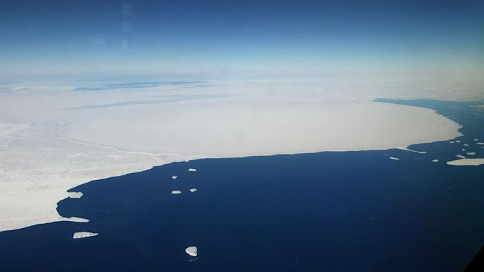 Antarctic glacier retreats almost 3 miles, could foreshadow huge sea level rise