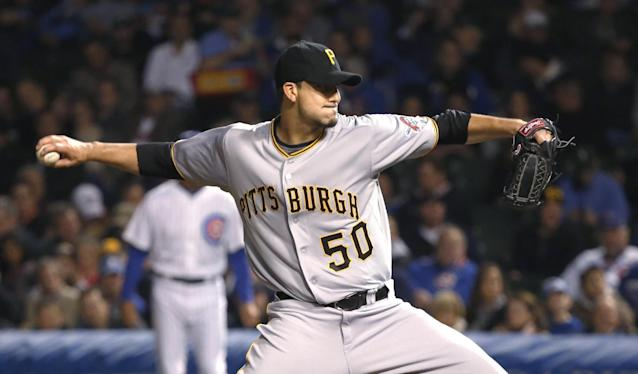 Pittsburgh Pirates starting pitcher Charlie Morton delivers during the first inning of a baseball game against the Chicago Cubs on Monday, Sept. 23, 2013, in Chicago. (AP Photo/Charles Rex Arbogast)