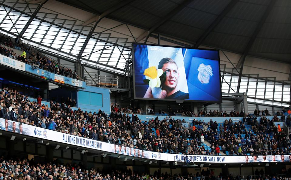 """Soccer Football – Premier League – Manchester City v Chelsea – Etihad Stadium, Manchester, Britain – February 10, 2019 General view of the big screen paying tribute to Emiliano Sala before the match Action Images via Reuters/Carl Recine EDITORIAL USE ONLY. No use with unauthorized audio, video, data, fixture lists, club/league logos or """"live"""" services. Online in-match use limited to 75 images, no video emulation. No use in betting, games or single club/league/player publications. Please contact your account representative for further details."""