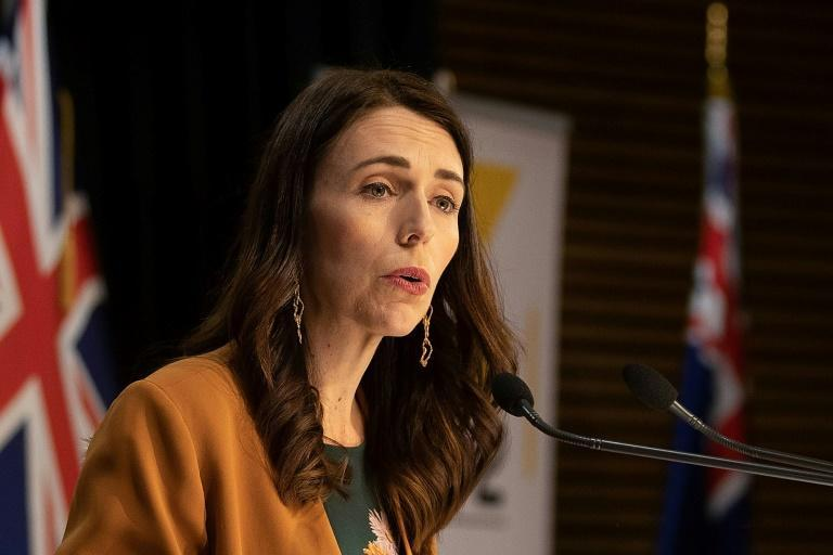 Prime Minister Jacinda Ardern has urged New Zealanders to remain calm as the first community transmission of the coronavirus was reported in more than 100 days