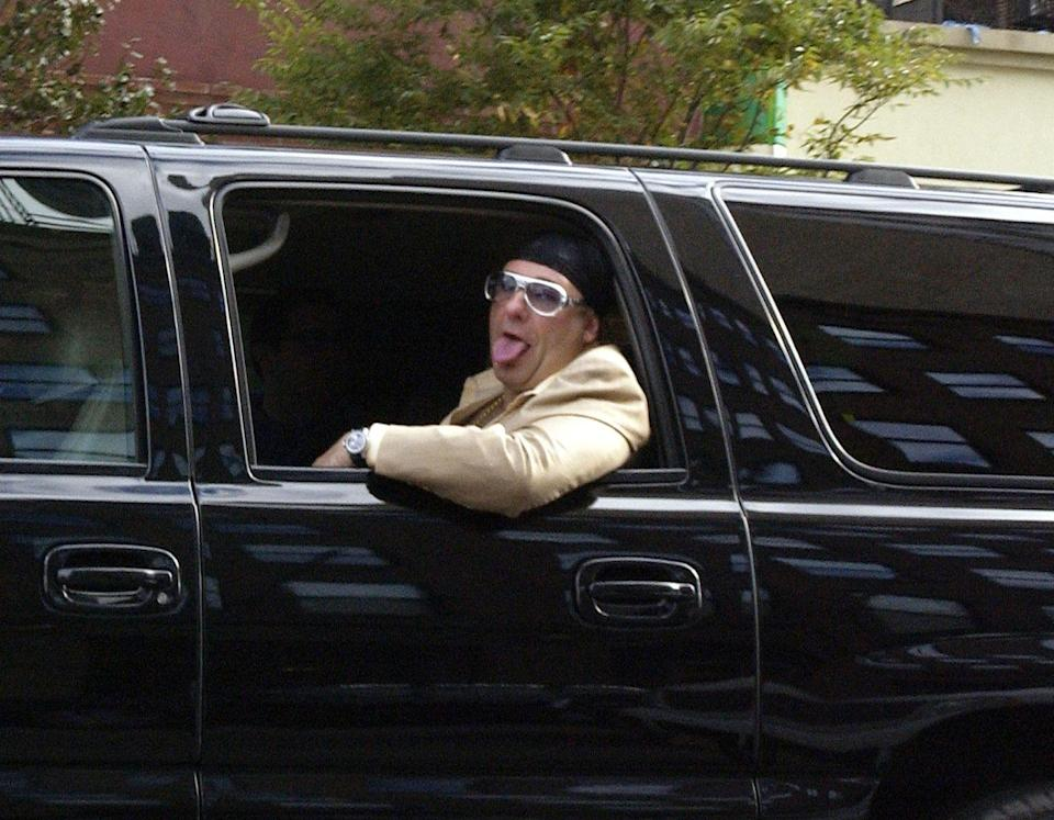 <p>James Gandolfini smiles out the window of an SUV on October 23, 2005, in New York City. </p>