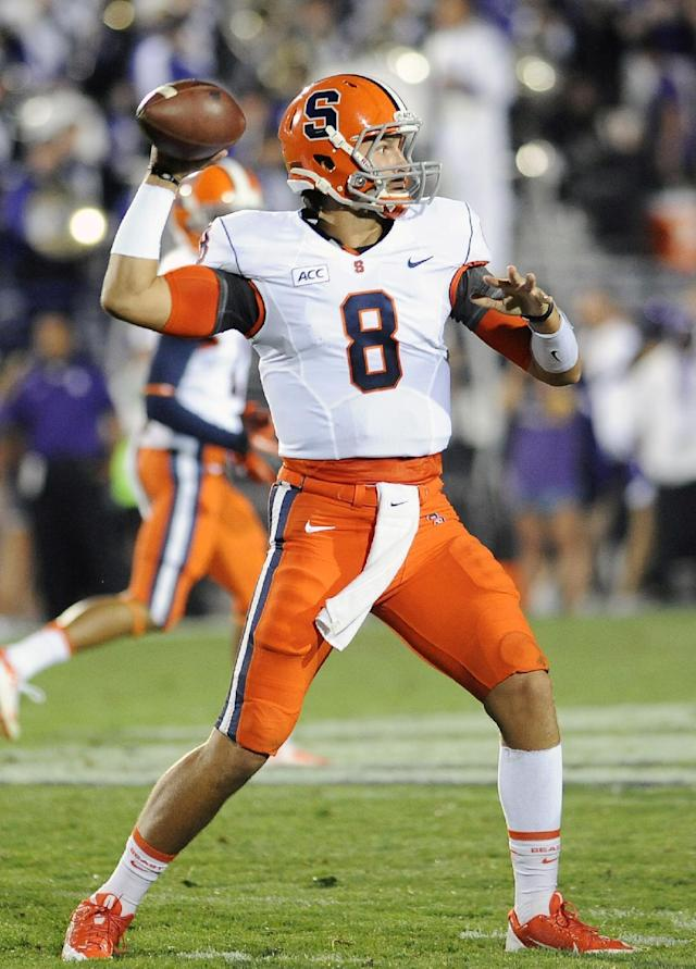 FILE - In this Sept. 7, 2013, file photo, Syracuse player Drew Allen throws during an NCAA college football game against Northwestern in Evanston, Ill. Allen played for four years for Oklahoma before transferring to Syracuse for his final year of eligibility and won the starting job. Now he's the backup with one regular-season game remaining in his college career against Boston College on Saturday, Nov. 30. (AP Photo/Matt Marton, File)