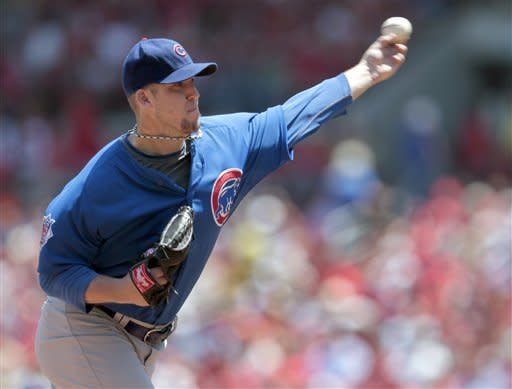 Chicago Cubs starting pitcher Paul Maholm throws during the first inning of a baseball game against the St. Louis Cardinals, Tuesday, May 15, 2012, in St. Louis. (AP Photo/Jeff Roberson)