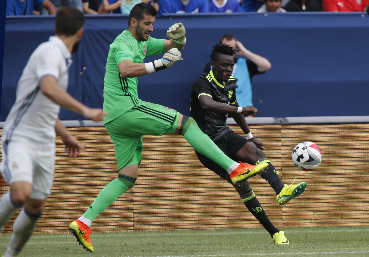 Football Soccer - Real Madrid v Chelsea - International Champions Cup - Michigan Stadium, Ann Arbor, United States of America - 30/7/16 Chelsea's Bertrand Traore shoots Action Images via Reuters / Rebecca Cook Livepic