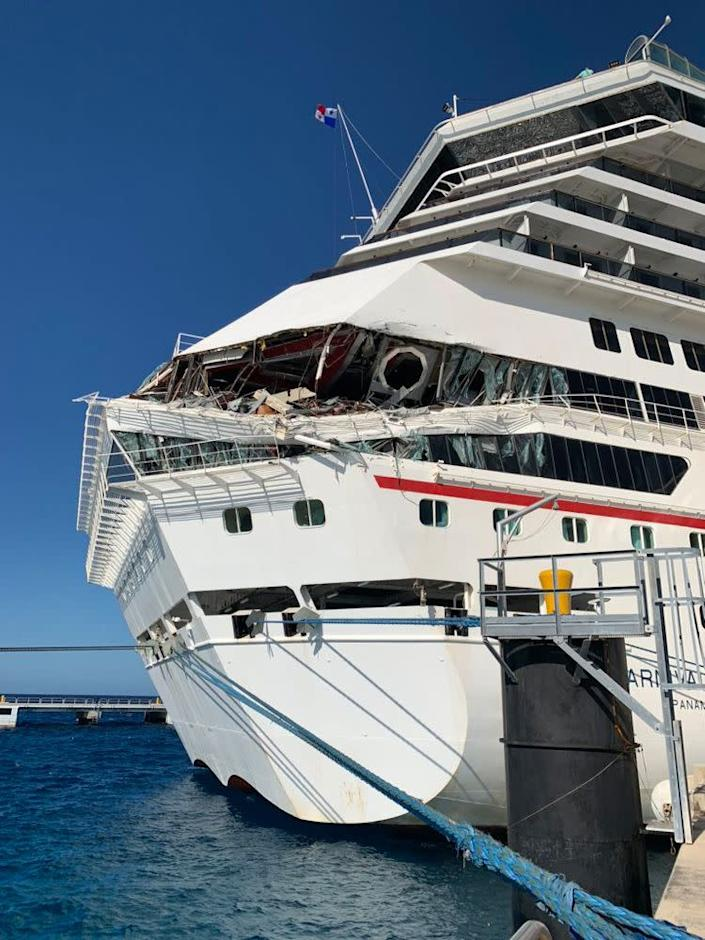 6 Passengers Injured After 2 Carnival Cruise Ships Collide ...