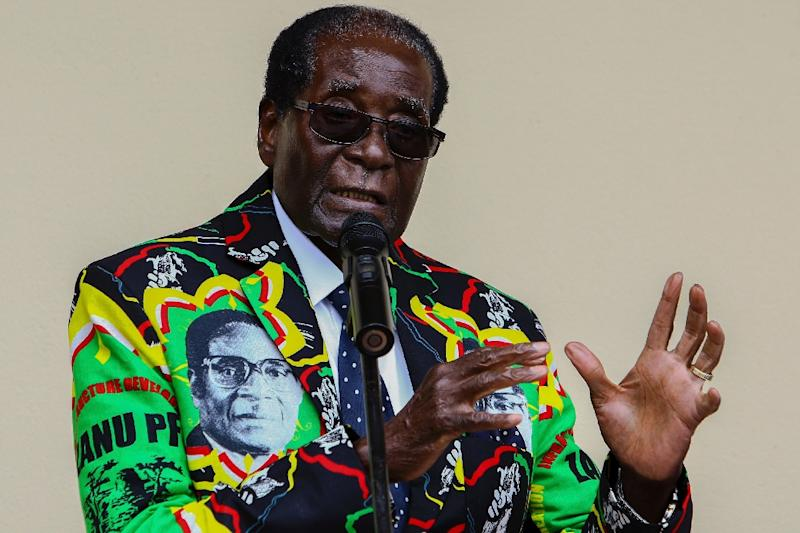 Zimbabwe President Robert Mugabe speaks at the party's annual conference on December 17, 2016