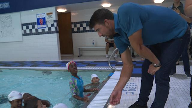 We caught up with Olympic champ swimmer, Michael Phelps and his Foundation, Michael Phelps Foundation at the Boys and Girls Club of America. To celebrate his partnership with the Anthem Foundation to help at-risk youth establish healthy habits and live an active lifestyle.