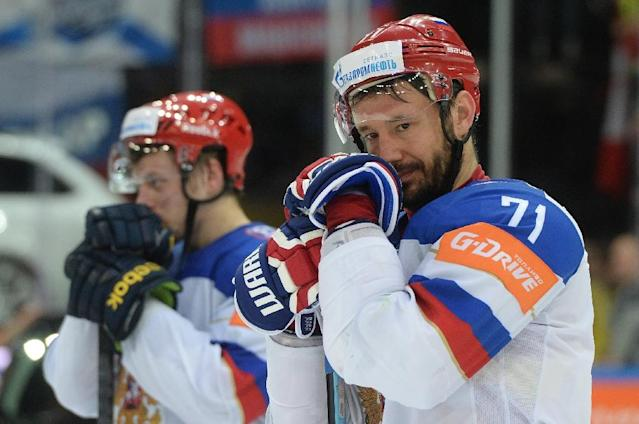 Russia's Ilya Kovalchuk (R) reacts after the gold medal match Canada vs Russia at the 2015 IIHF Ice Hockey World Championships on May 17, 2015 in Prague (AFP Photo/Michal Cizek)