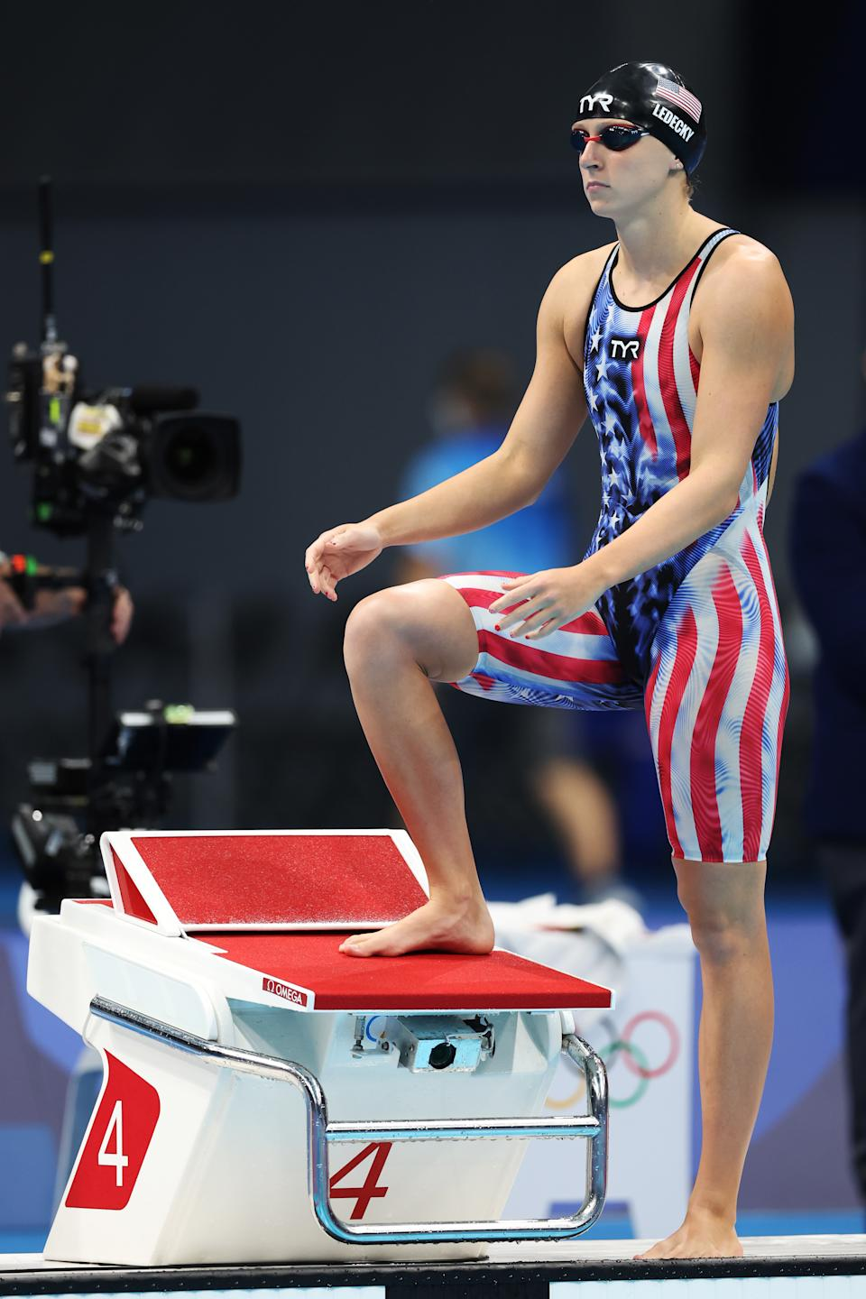 <p>TOKYO, JAPAN - JULY 28: Katie Ledecky of Team United States prepares to compete in the Women's 1500m Freestyle Final on day five of the Tokyo 2020 Olympic Games at Tokyo Aquatics Centre on July 28, 2021 in Tokyo, Japan. (Photo by Tom Pennington/Getty Images)</p>