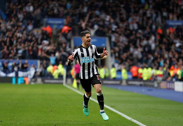 Soccer Football – Premier League – Leicester City vs Newcastle United – King Power Stadium, Leicester, Britain – April 7, 2018 Newcastle United's Ayoze Perez celebrates scoring their second goal Action Images via Reuters/Peter Cziborra