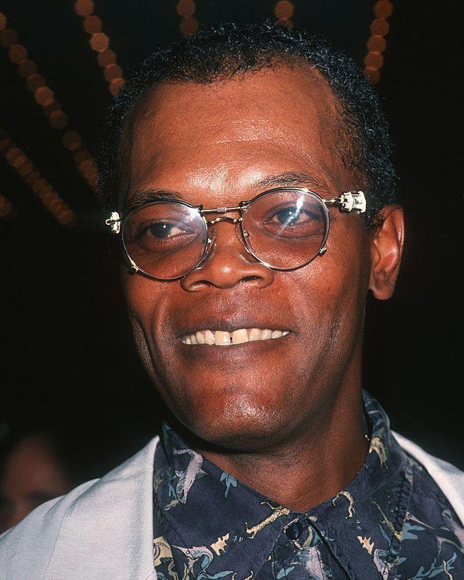 <p>Here's Jackson in 1994, looking almost exactly the same as Jackson in any other decade. The man just does not age.</p>