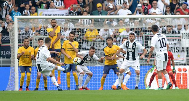 Soccer Football - Serie A - Juventus vs Hellas Verona - Allianz Stadium, Turin, Italy - May 19, 2018 Juventus' Miralem Pjanic scores their second goal from a free kick REUTERS/Massimo Pinca