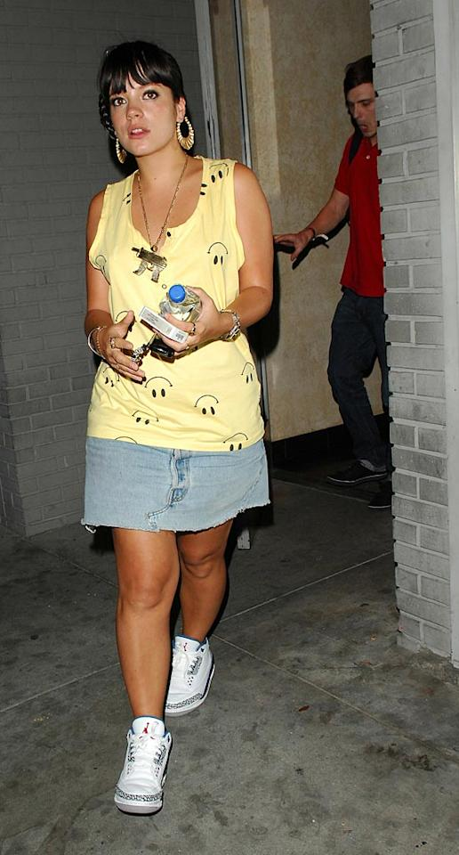 """Lily Allen wasn't smiling after being detained for five hours at LAX last Sunday and having her visa revoked. If the British pop star is unable to get a new visa, she may miss her planned September tour. Jonathan Soto Fiolo/<a href=""""http://www.splashnewsonline.com"""" target=""""new"""">Splash News</a> - August 6, 2007"""