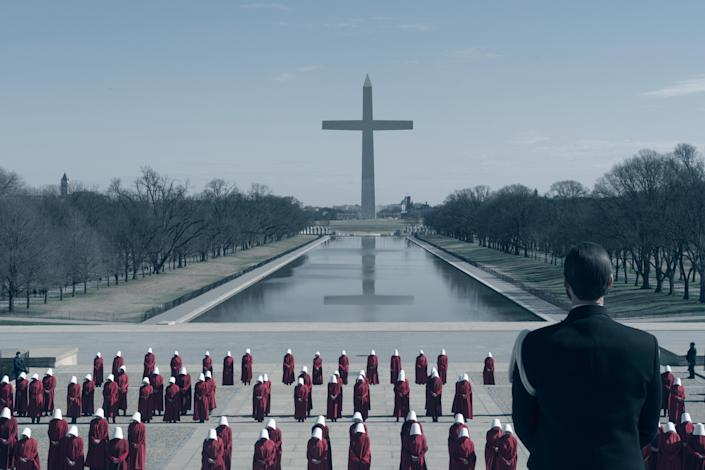 """<h1 class=""""title"""">Household</h1> <div class=""""caption""""> In season three of <em>The Handmaid's Tale,</em> the characters travel to Washington, D.C., which looks quite different now that it is under the control of Gilead. </div> <cite class=""""credit"""">Photo: Barbara Nitke/Hulu</cite>"""