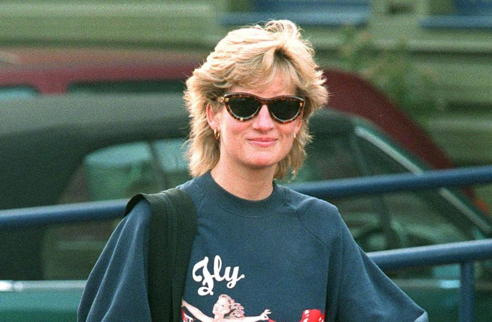 The sweatshirts Princess Diana wore to the gym in the 1990s are now popular once more. (Getty Images)