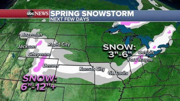 PHOTO: The snow will move east into the rest of the Midwest and southern Great Lakes with snow possible for Illinois, Indiana and into Detroit, Michigan, by Tuesday night into Wednesday and several inches of snow could be possible there.   (ABC News)