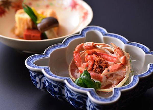 "▲An example of a winter dish. One of the pleasures of wintertime in Kyoto, which overlooks the sea, is to enjoy what is called the ""king of winter flavors,"" or crab."