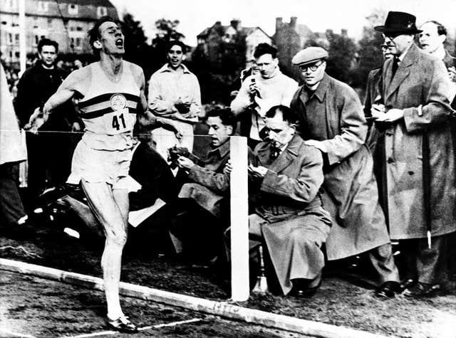 Roger Bannister completes first four-minute mile
