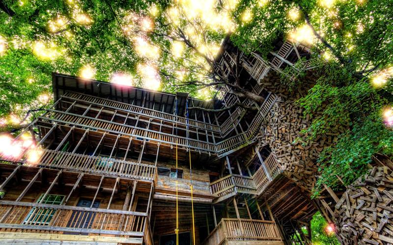 The World's Largest Tree House Mysteriously Burned Down in Tennessee